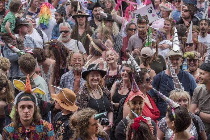 Knockengorroch World Ceilidh 2017999 people wearing unicorn horns break the previous Guinness world record of 250
