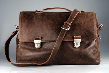 Handbag stolen in Annan theft