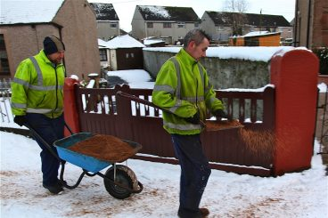 Roads and pavements alert after snow