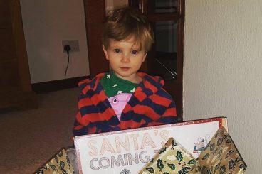 Blogmas Day 2 – Christmas box
