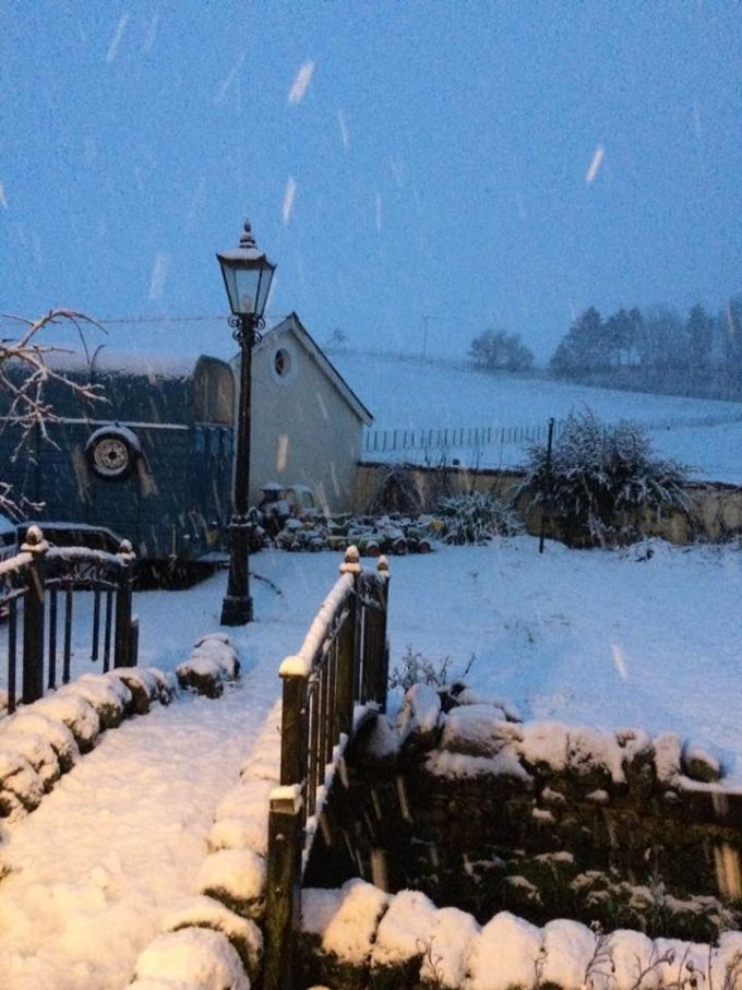 lock snow