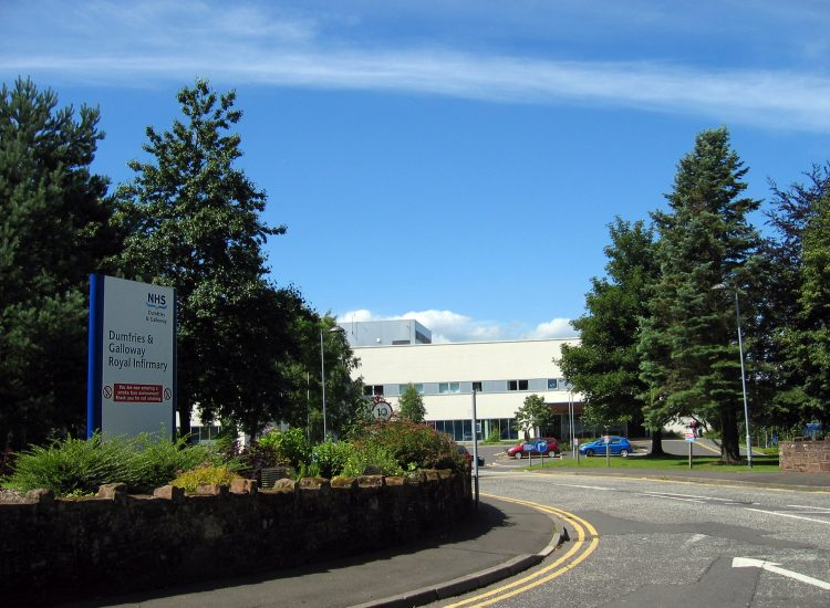 Clinic move defended by NHS
