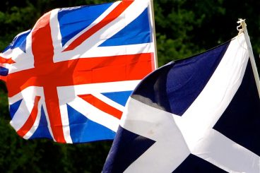 Tories challenge Labour rival on past indy support