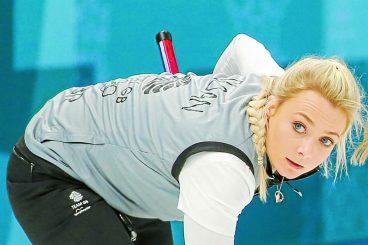 Medal hopes still alive for curler Anna