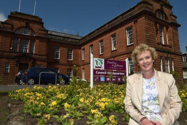 Leading Lady: Elaine Murray
