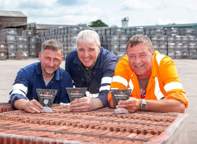 Trio Put In 60 Years Of Service At Roof Firm Dng24