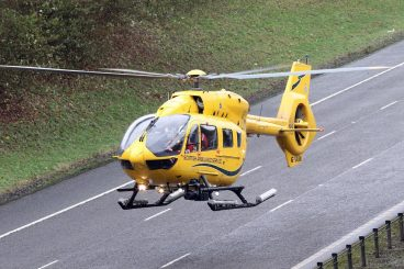 One dead, one hurt in m'way crashes