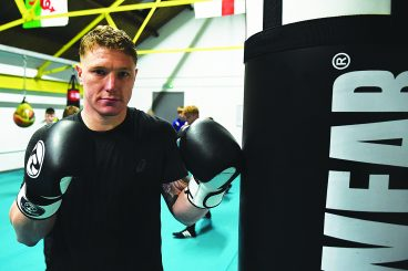 Boxer shares his skills