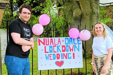 Friends rally to mark couple's cancelled wedding