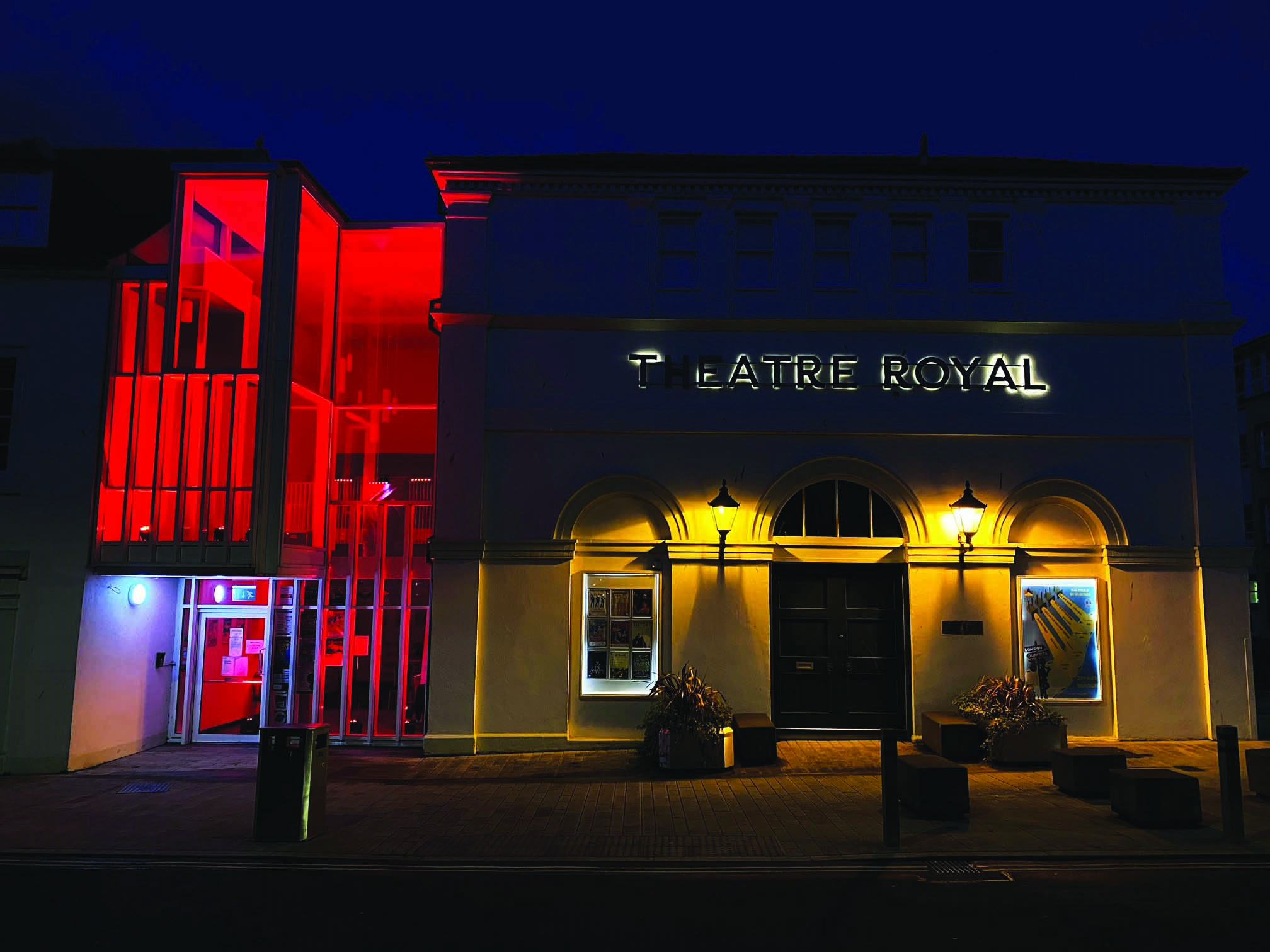 Theatre glows red for Covid-19