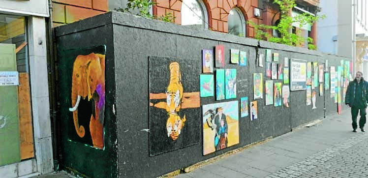 Artist uses town centre as an outdoor gallery