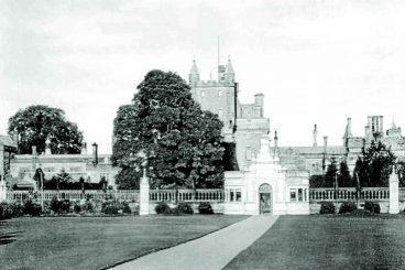 Castle's past revealed
