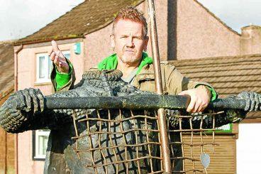 Artist wants harbour site for sculpture