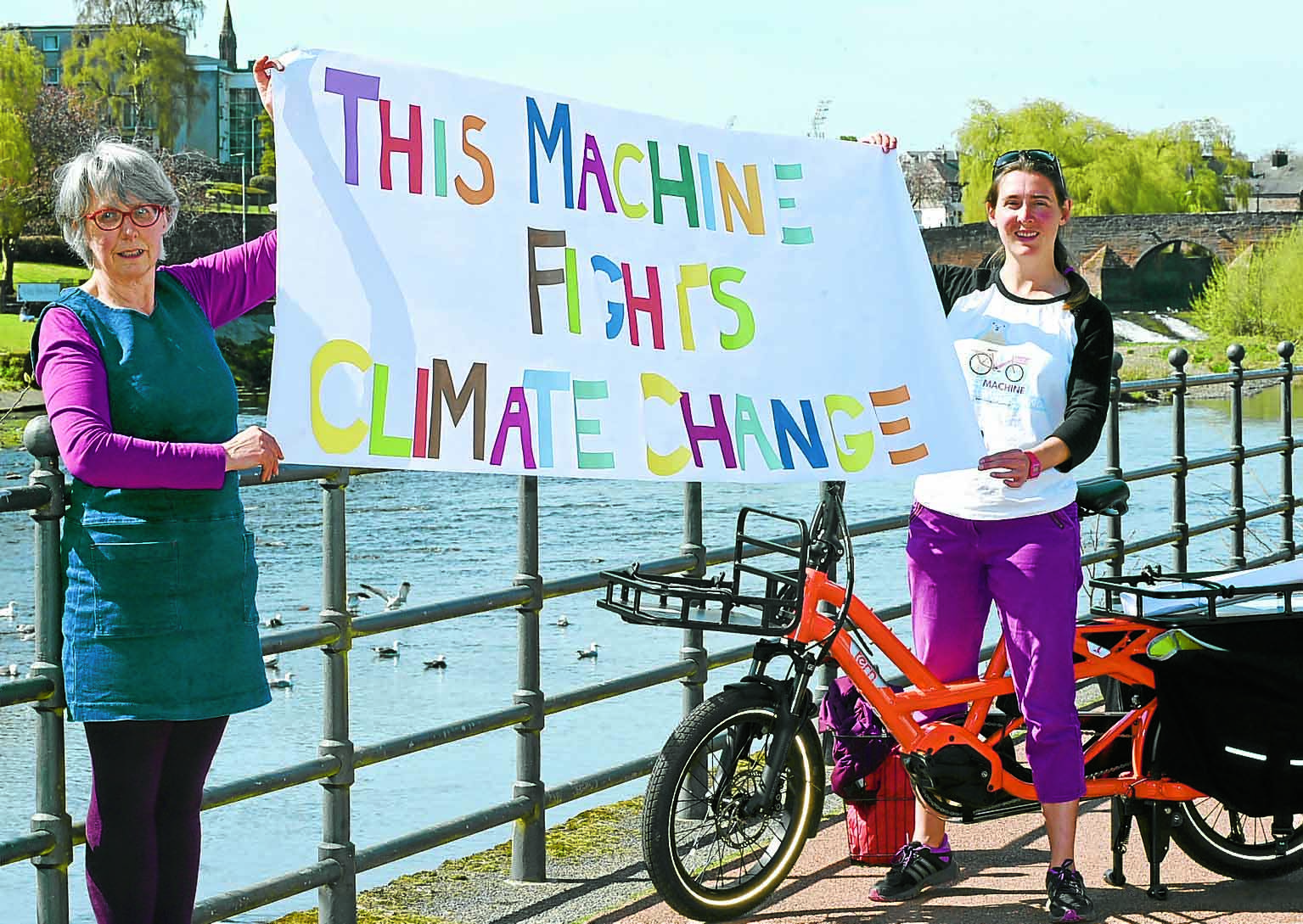 Cyclists to light up the Dumfries night