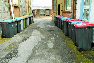 Bin overload sparks fears in tourist town
