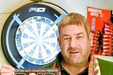 Darts show back with a Barn-ey