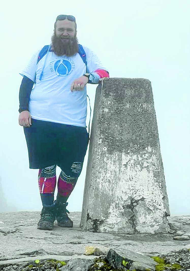 Mountain man raises £1500 for charity