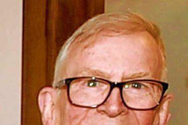 Town's former priest dies