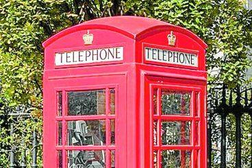 Council back Moffat phone box plan